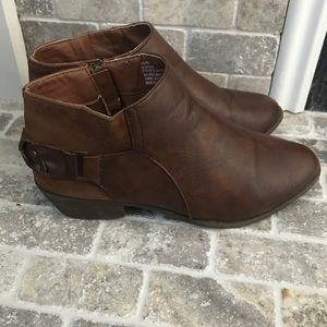Shoes - Chestnut ankle booties